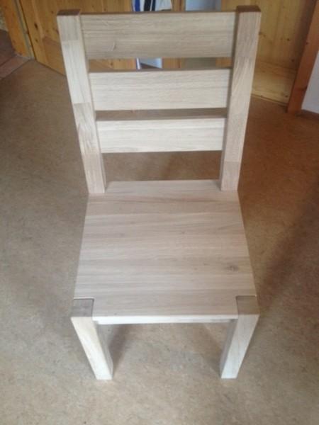 Chair 1 variantChair 2